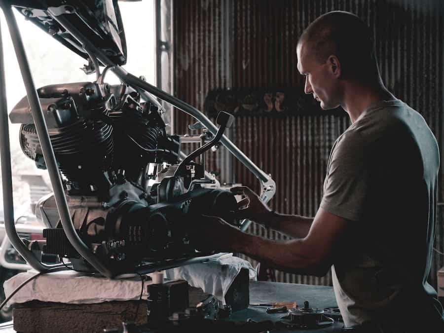 Pièces mécaniques motos vintages et café racer à la boutique Elya's Motorshop