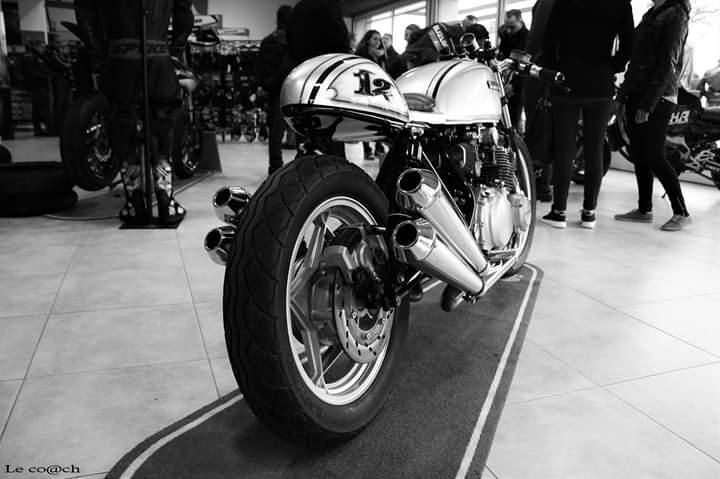 Custom Suzuki Katana